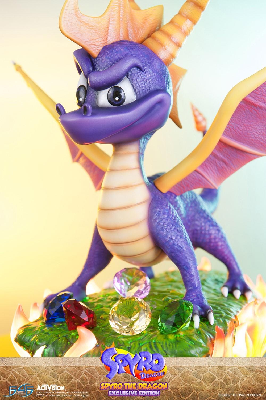 Calendar Vertical : Spyro exclusive