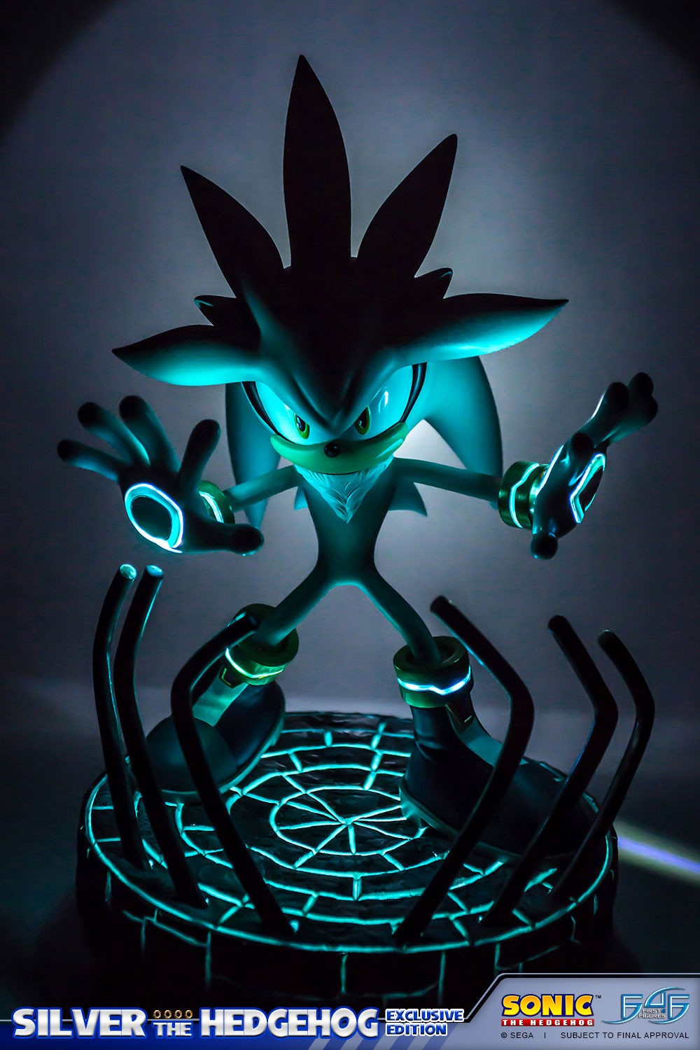 Silver the Hedgehog (Exclusive) - Collectibles