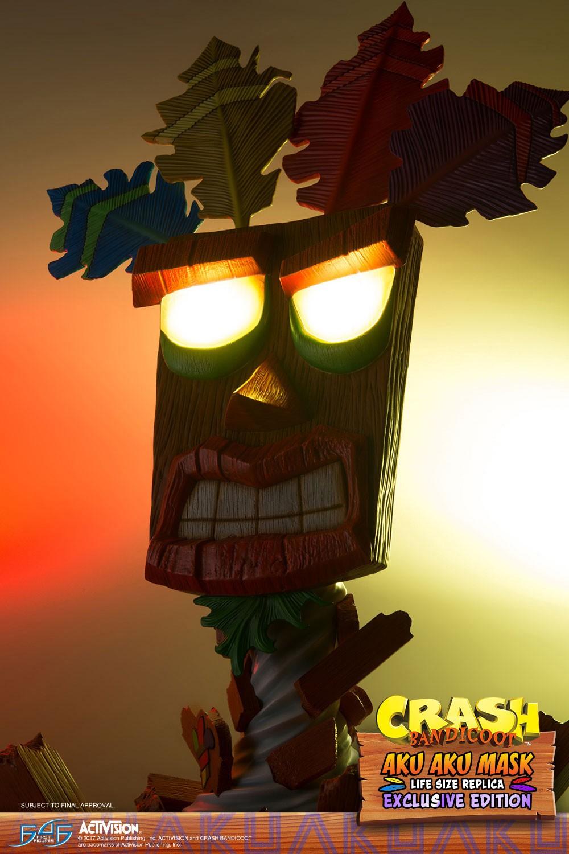 Aku Aku Mask (Exclusive)