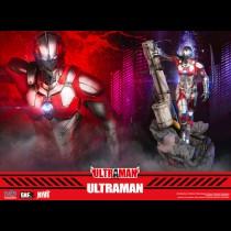Ultraman – Ultraman statue
