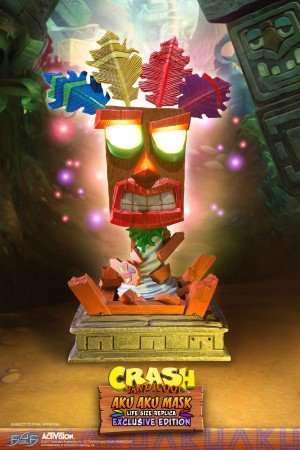 Aku Aku Mask (Exclusive)