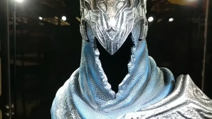 FIRST LOOK: Artorias the Abysswalker Bust