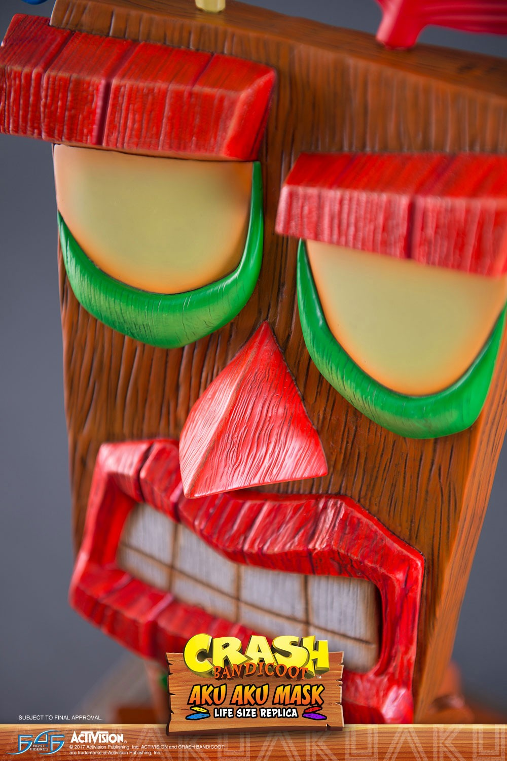 Aku Aku (Regular) Mask Close-up