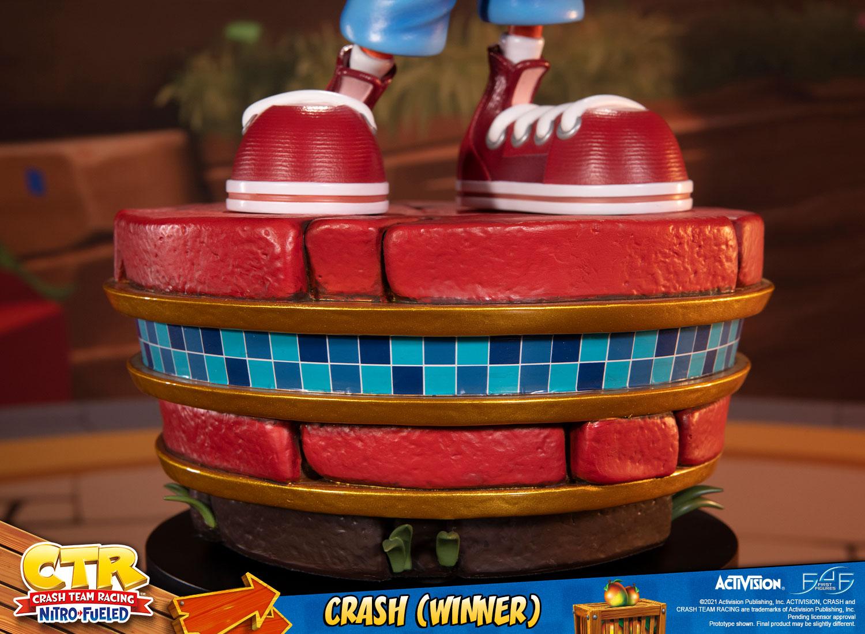 Crash (Winner) (Standard Edition)
