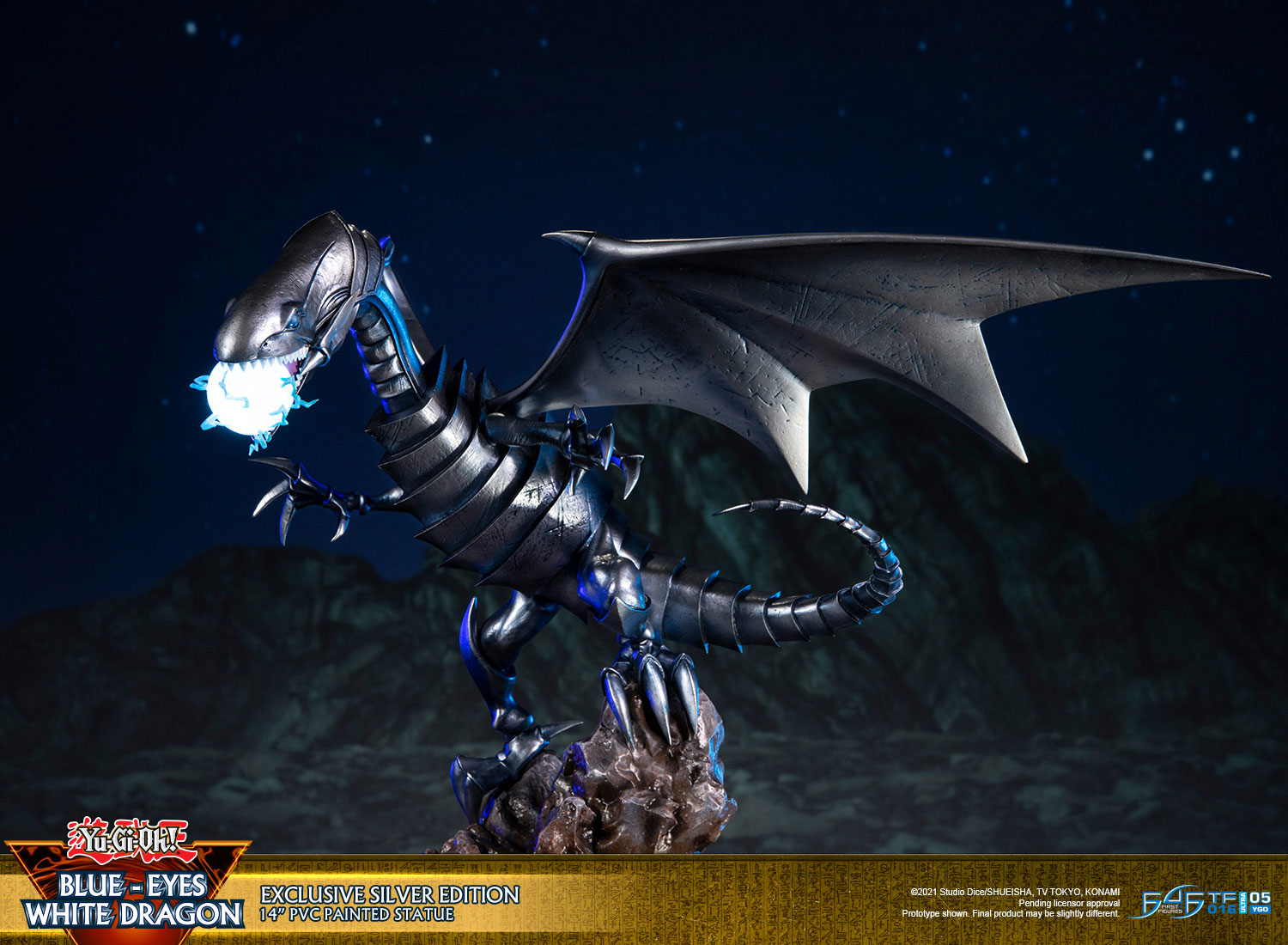 Blue-Eyes White Dragon (Exclusive Silver Edition)