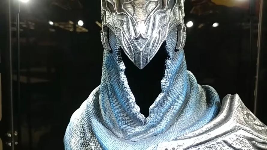 FIRST LOOK: Artorias the Abysswalker Bust