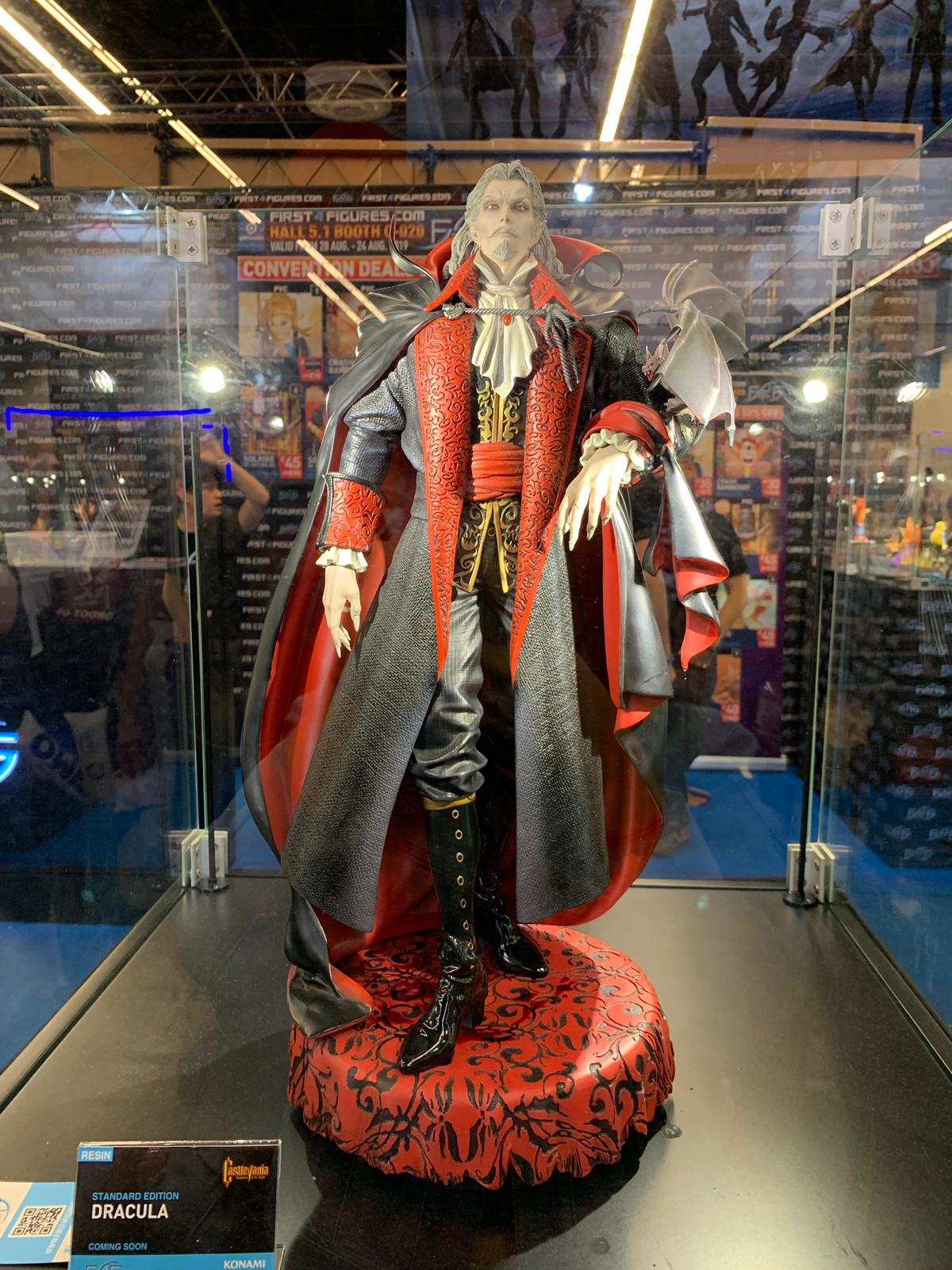 First 4 Figures Dracula @ Gamescom 2019