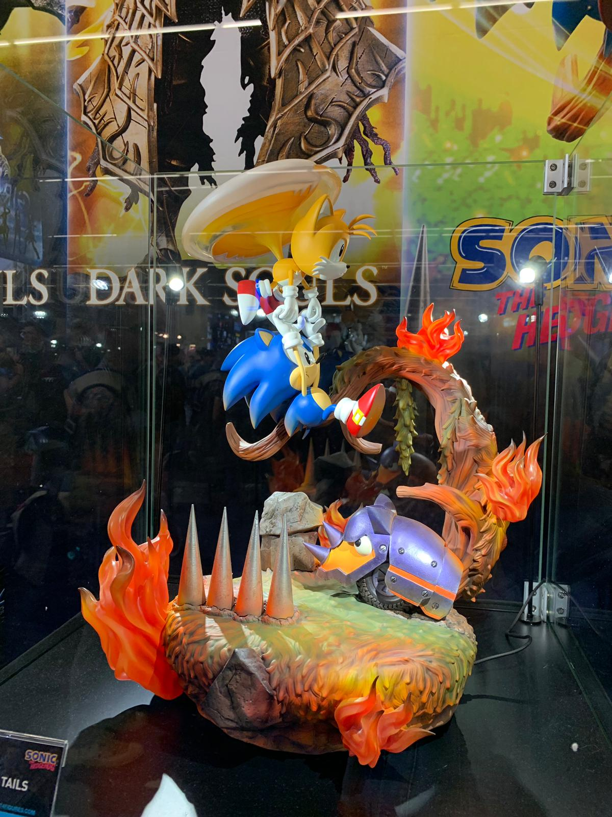 First 4 Figures Sonic and Tails @ Gamescom 2019