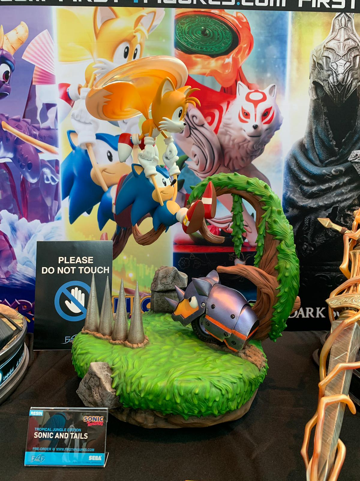 First 4 Figures Sonic and Tails @ PAX West 2019