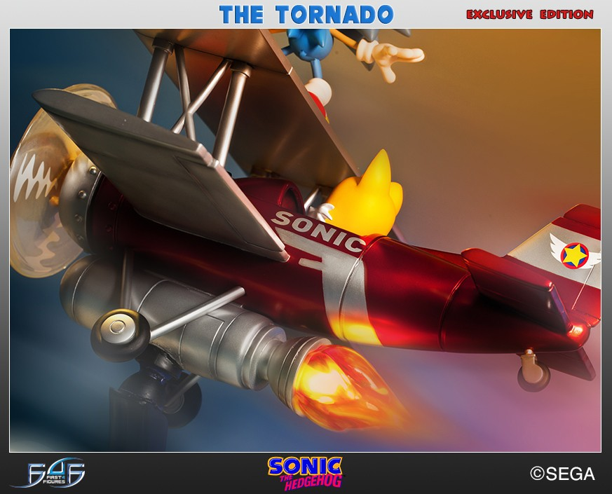 "Sonic ""The Tornado"" Diorama (Exclusive)"