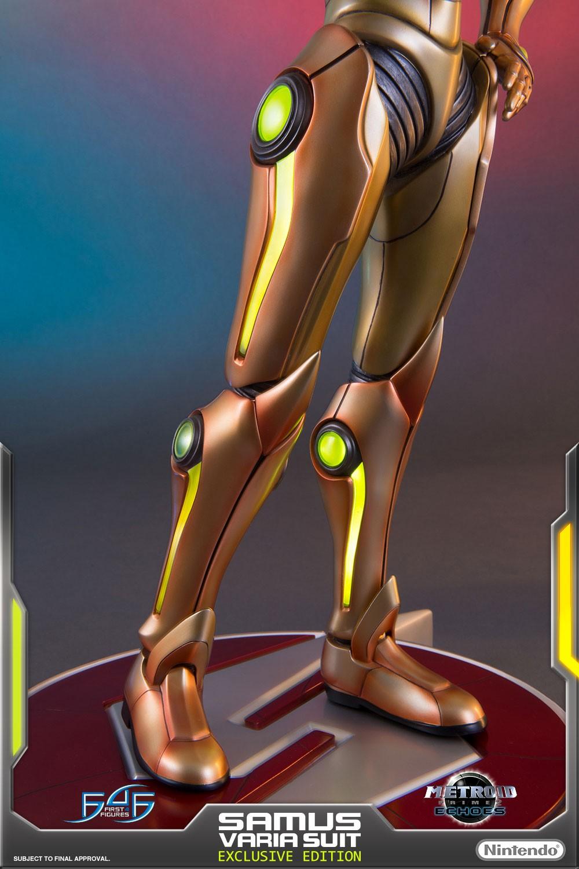 Varia Suit (Exclusive)