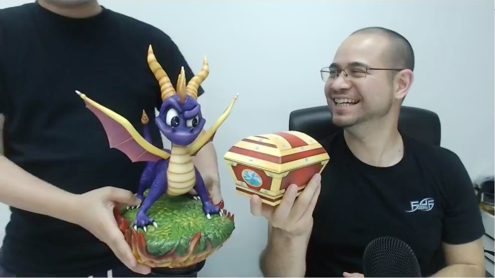 Spyro the Dragon (Exclusive) NEW gem box design