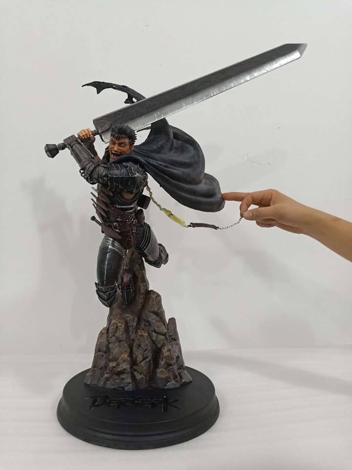 Guts the Black Swordsman chain length