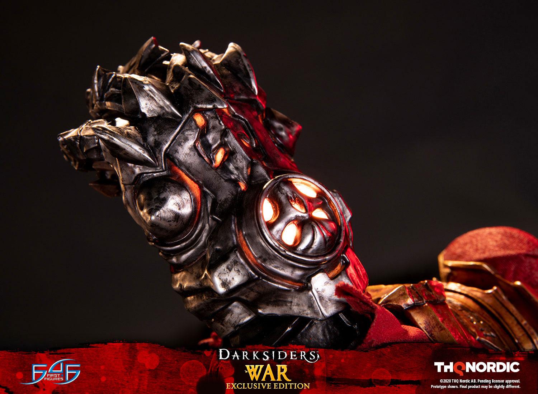 War (Exclusive Edition)